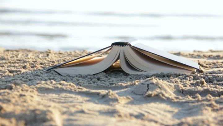 Le 4 letture sotto l'ombrellone